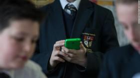 150518122240-school-cell-phones-780x439